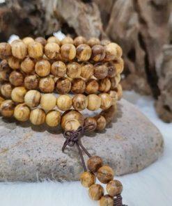Ý nghĩa trầm hương Malaysia 108 hạt